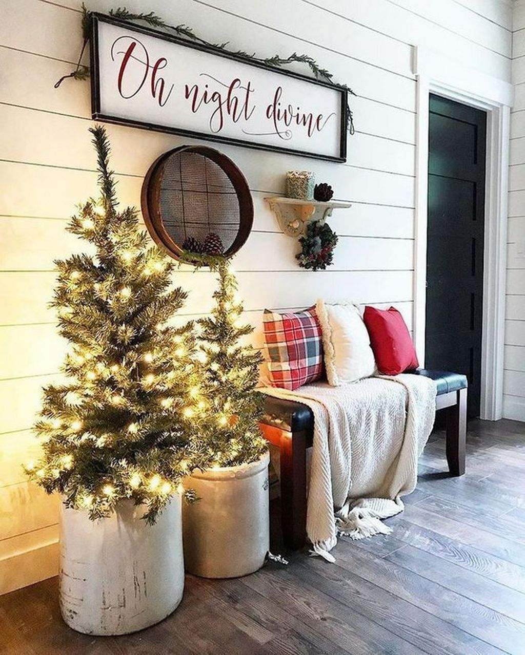 Popular Outdoor Decor Ideas For This Winter 18