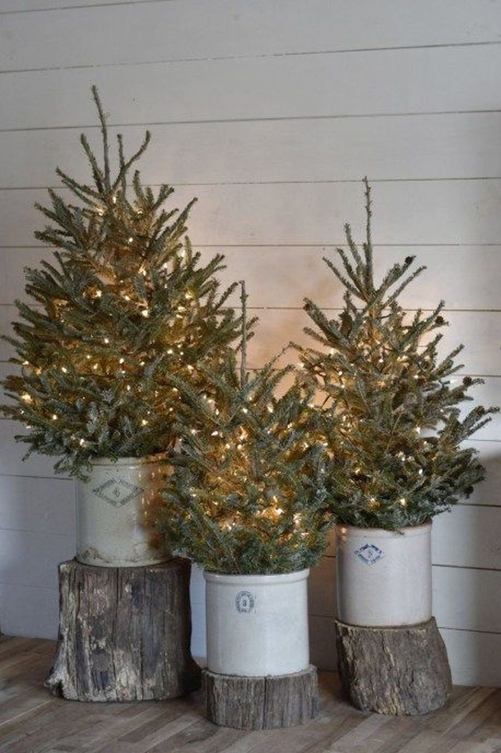 Popular Outdoor Decor Ideas For This Winter 34