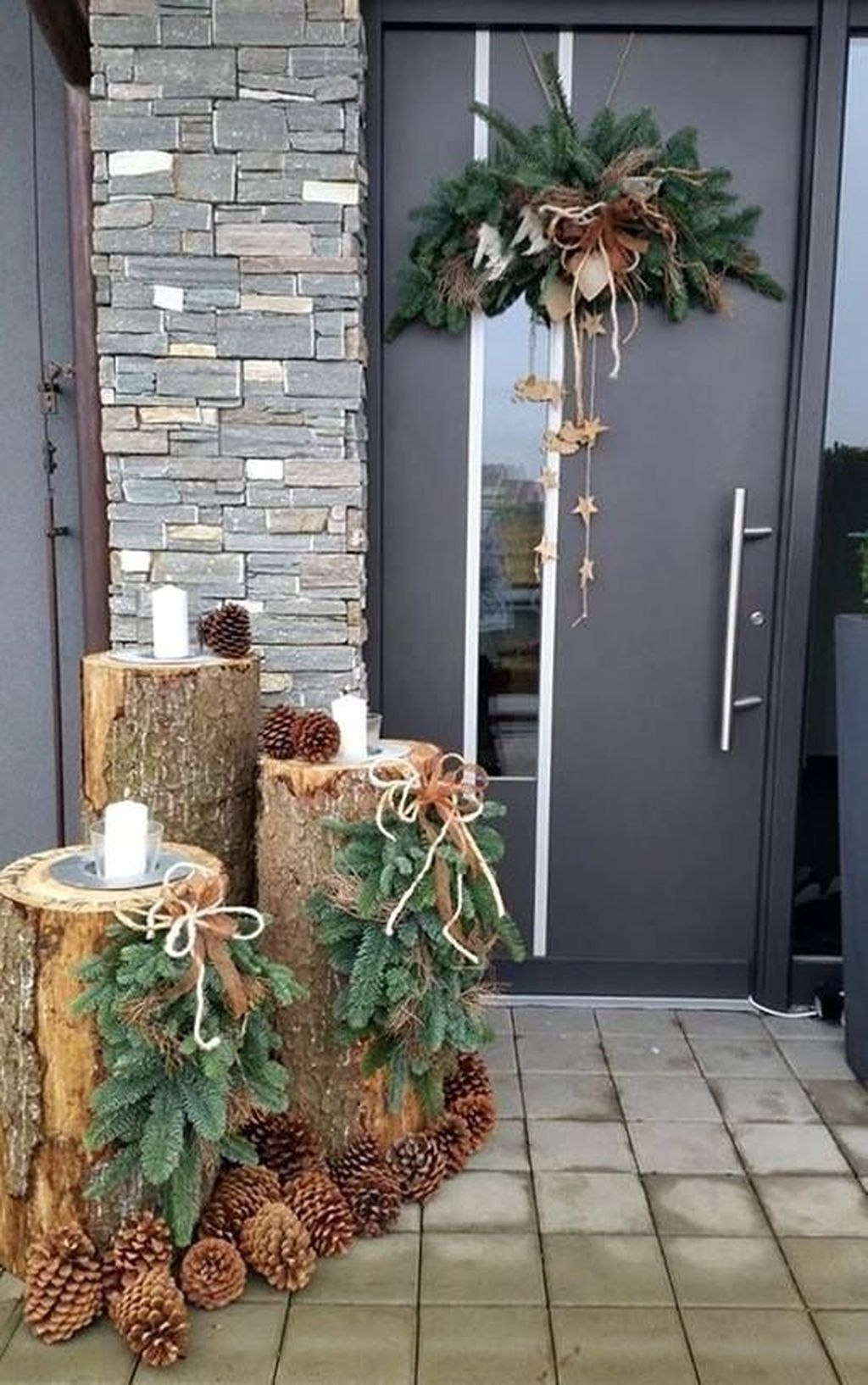 Popular Outdoor Decor Ideas For This Winter 35