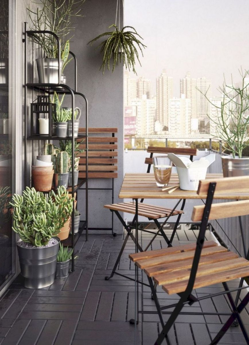 Stunning Winter Balcony Decorating Ideas 26