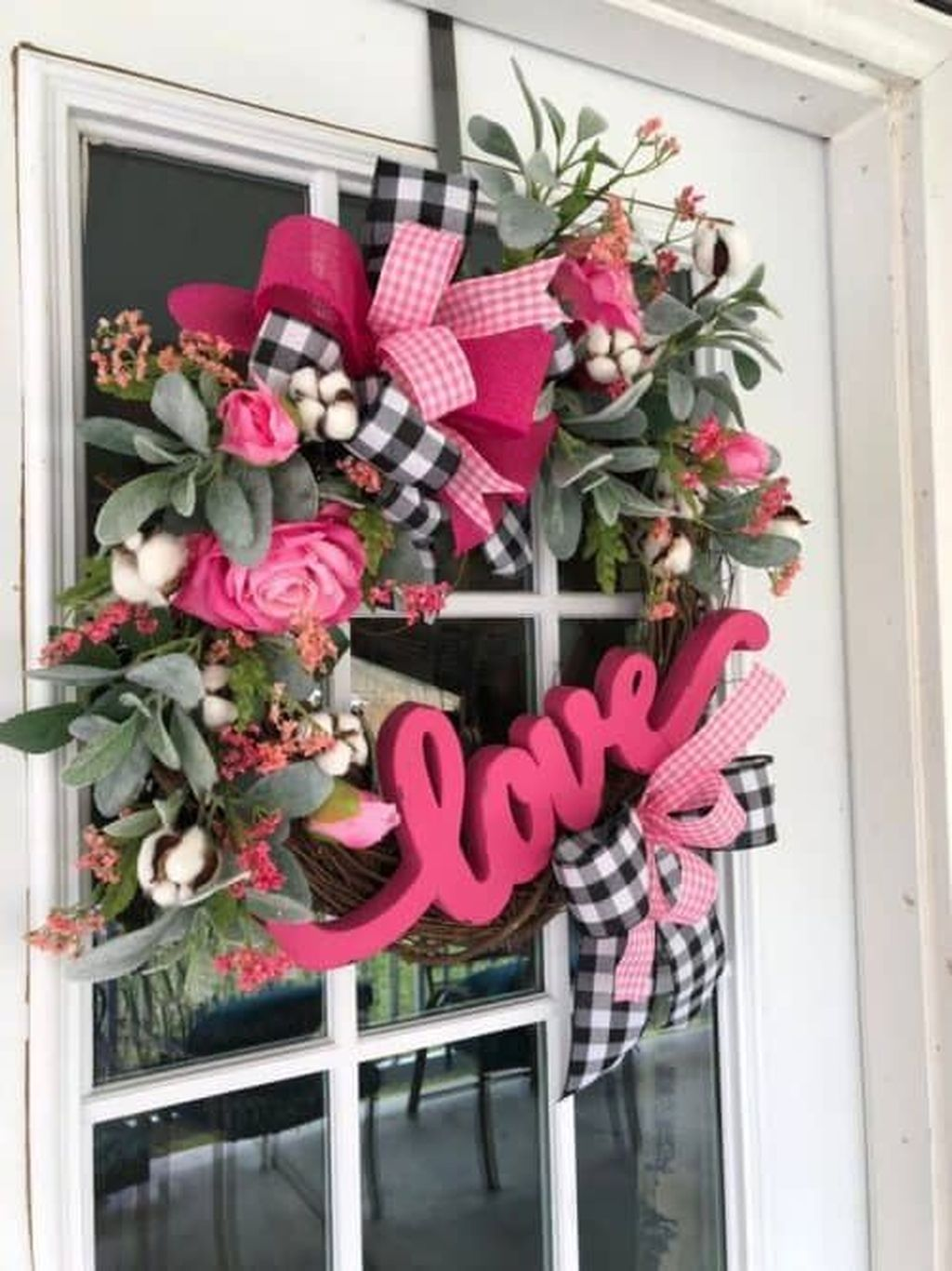 Inspiring Valentine Crafts Ideas For Your Home Decor 08