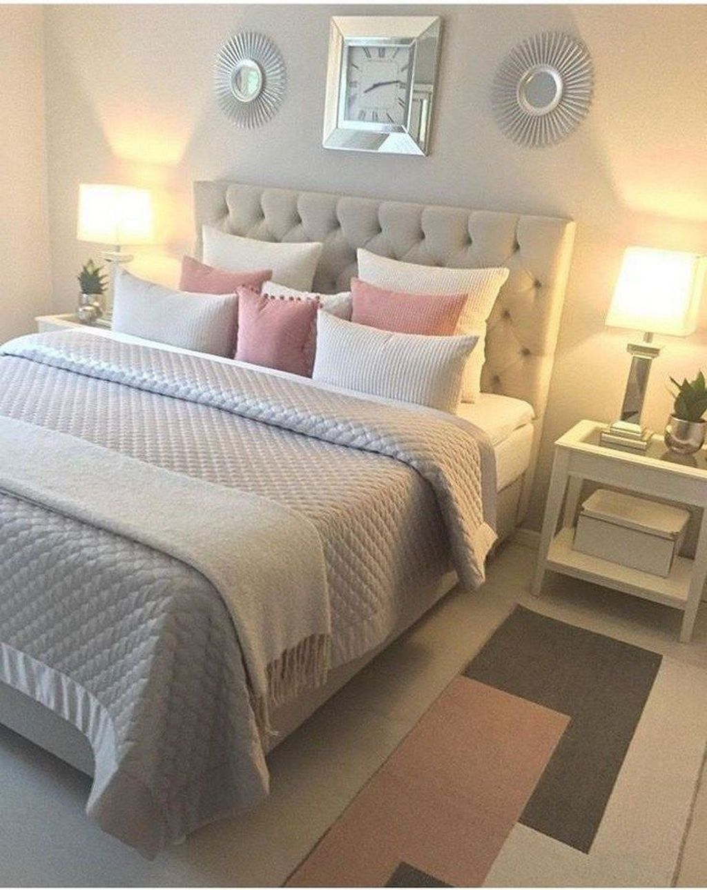 Admirable Small Bedroom Decor Ideas You Never Seen Before 14