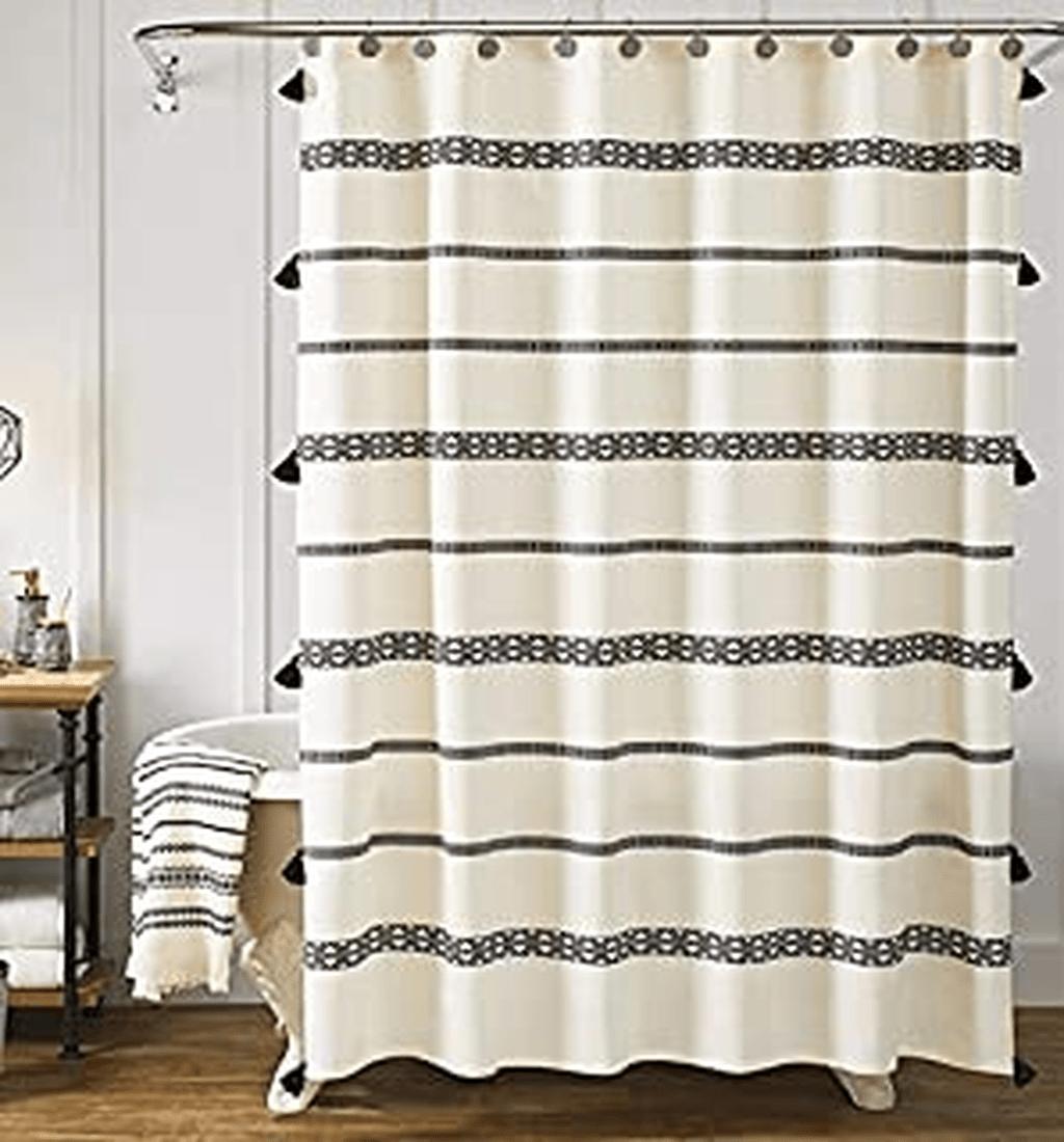 Amazing Black And White Shower Curtain For Your Bathroom Decor 30