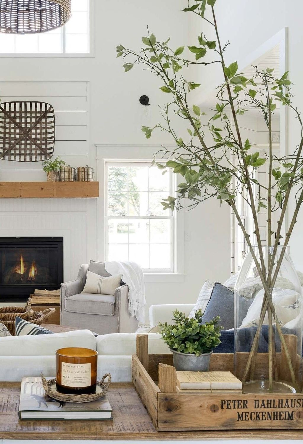 Awesome Minimalist Contemporary Living Room Decor Ideas 33