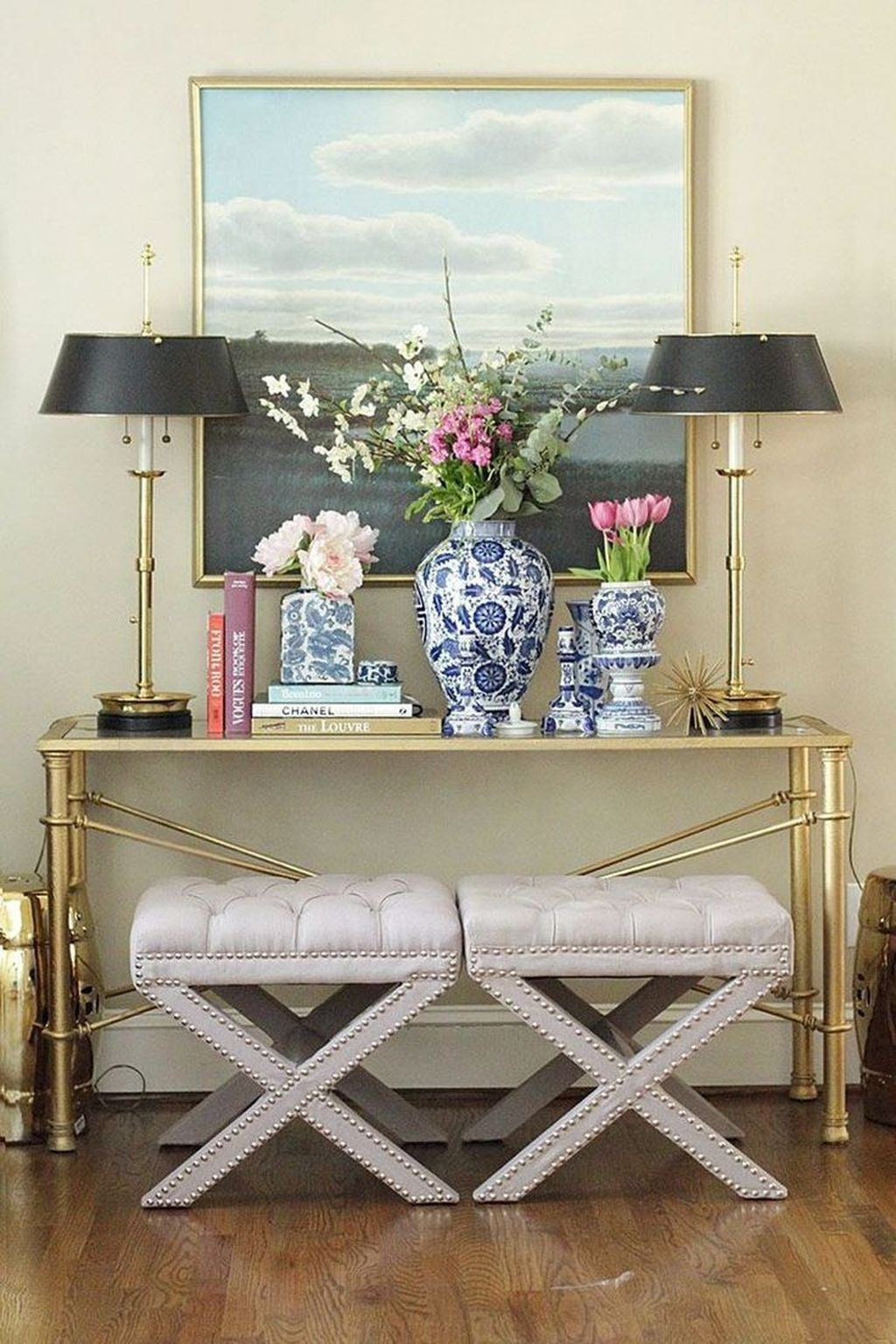 Beautiful Ginger Jars Decor Ideas For Living Rooms 29