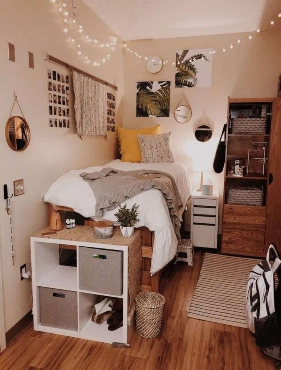 Fabulous Small Apartment Bedroom Design Ideas 28