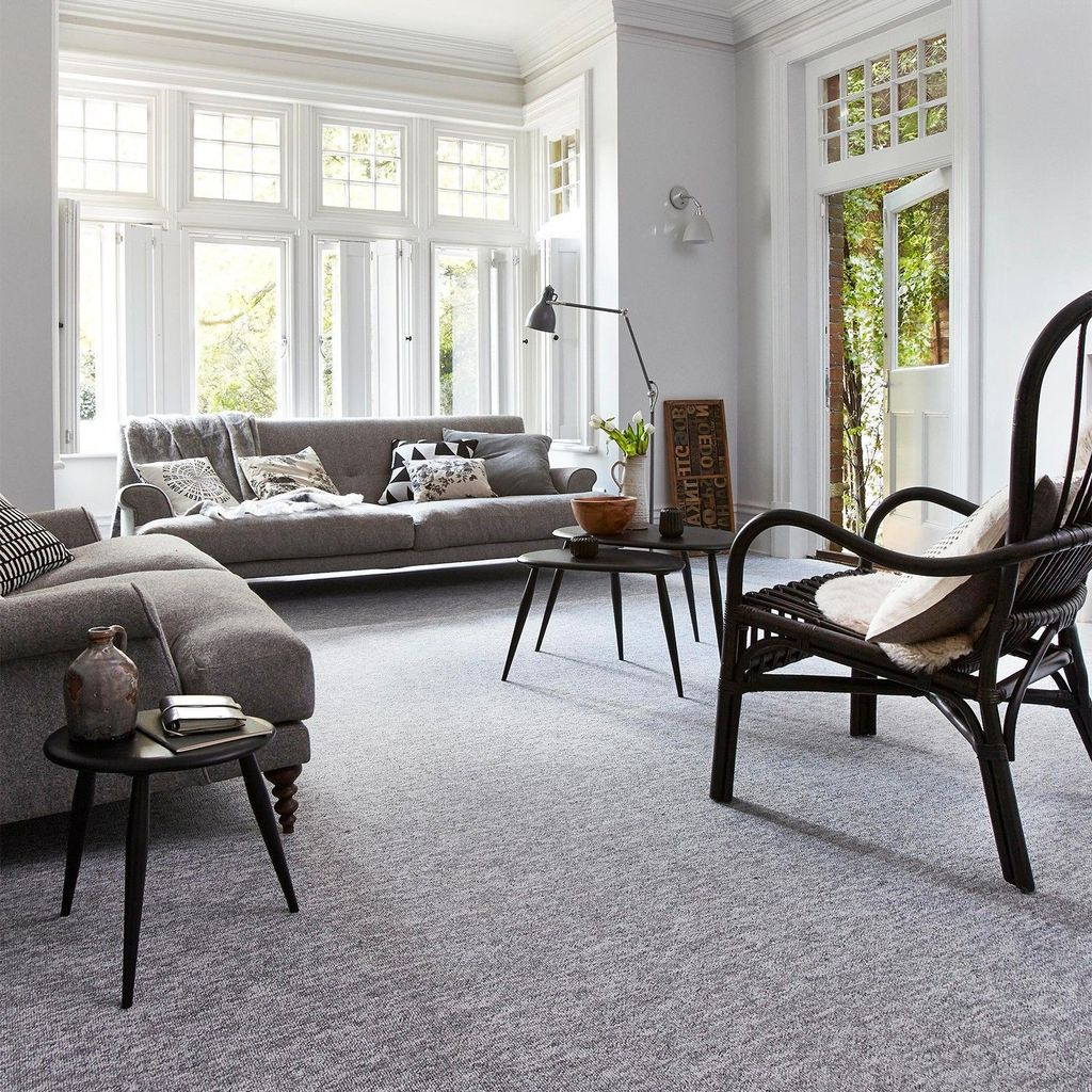 Fascinating Living Room With Carpet Decorating Ideas 09
