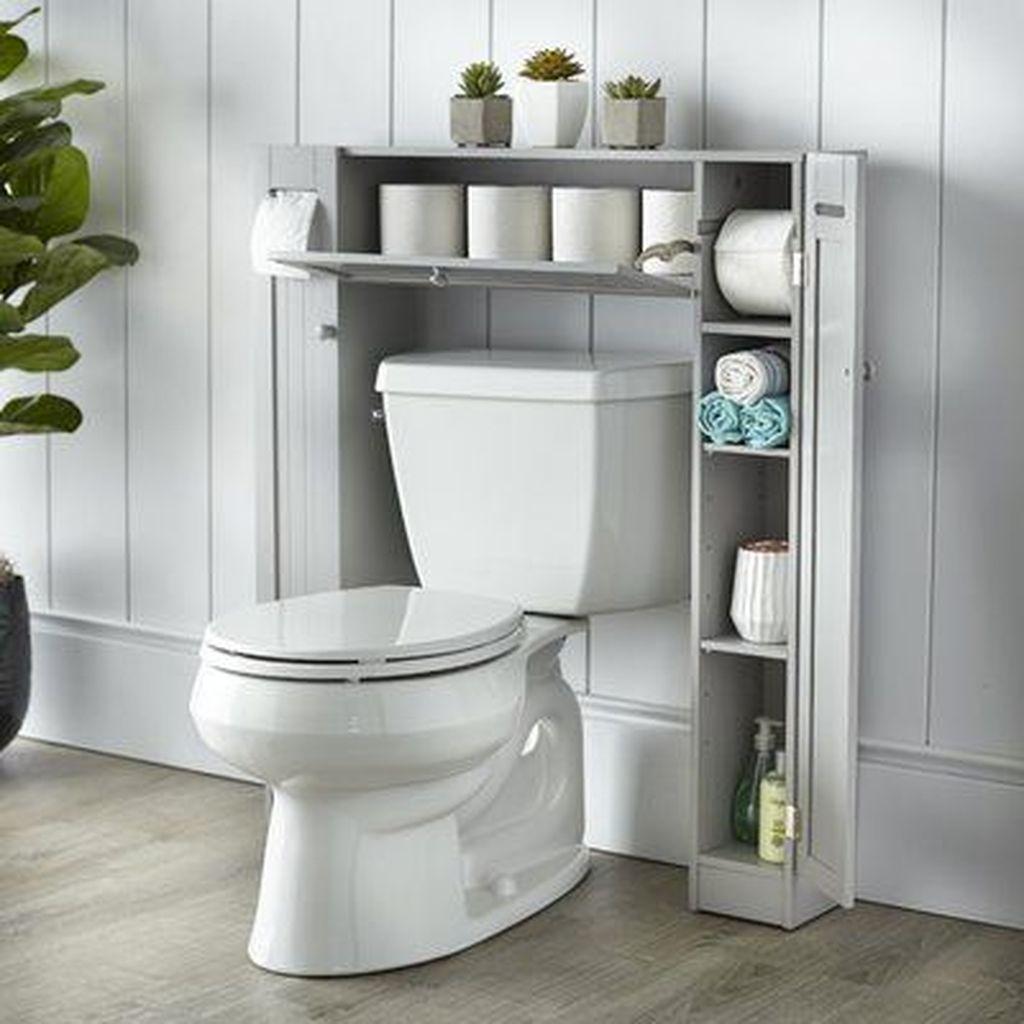 Fascinating Simple Apartment Bathroom Decor Ideas 16