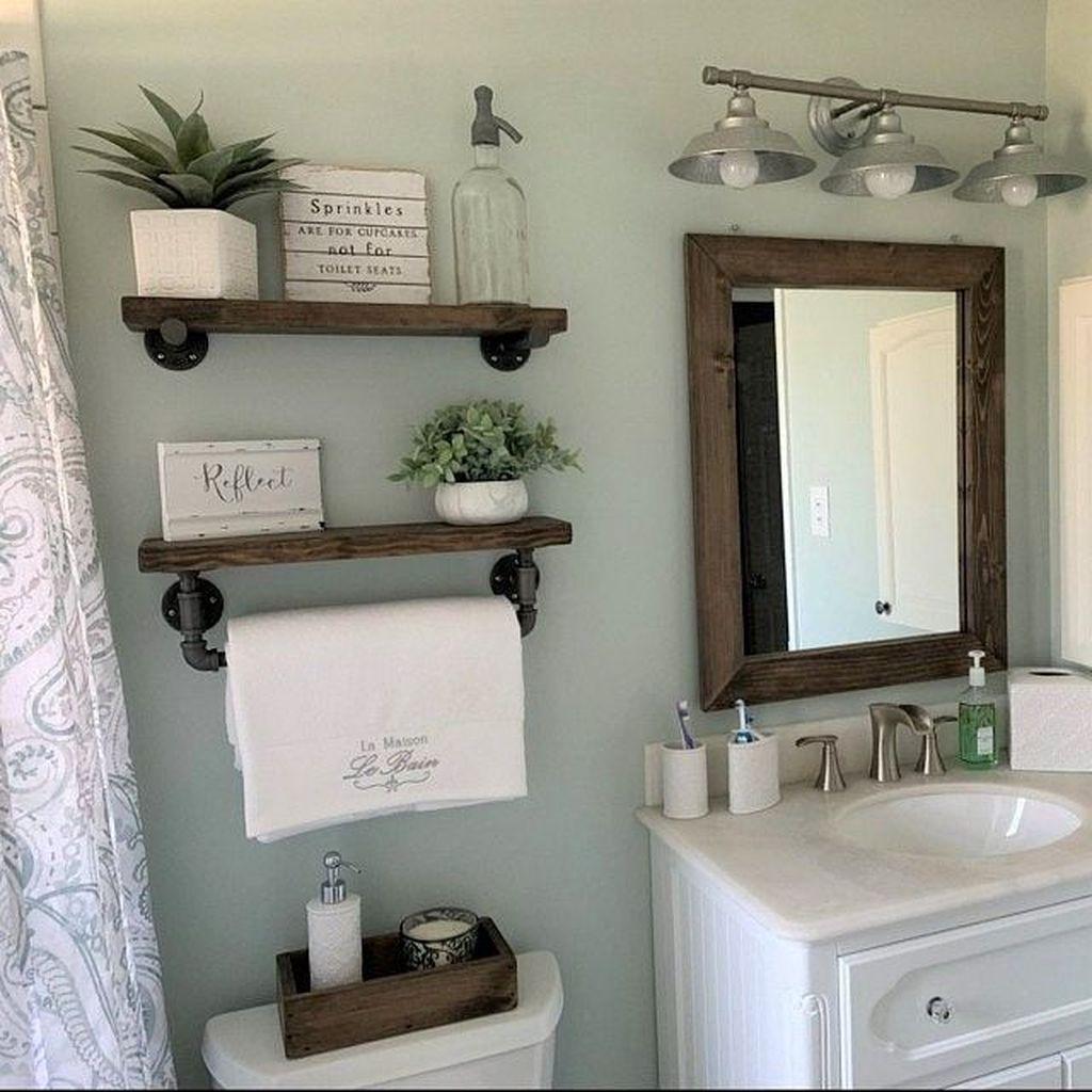Fascinating Simple Apartment Bathroom Decor Ideas 24