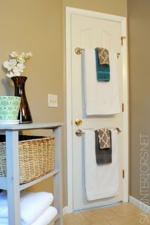 Fascinating Simple Apartment Bathroom Decor Ideas 28