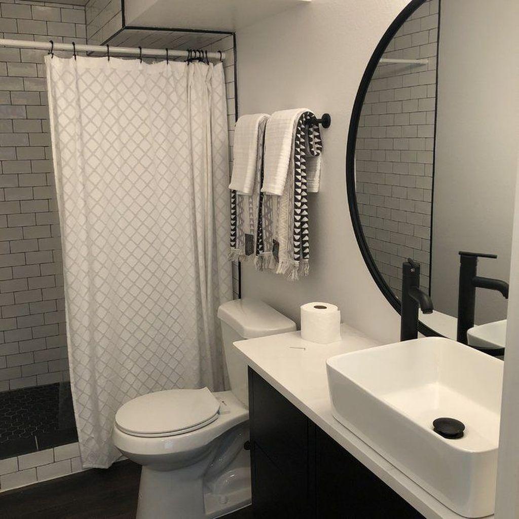 Fascinating Simple Apartment Bathroom Decor Ideas 30