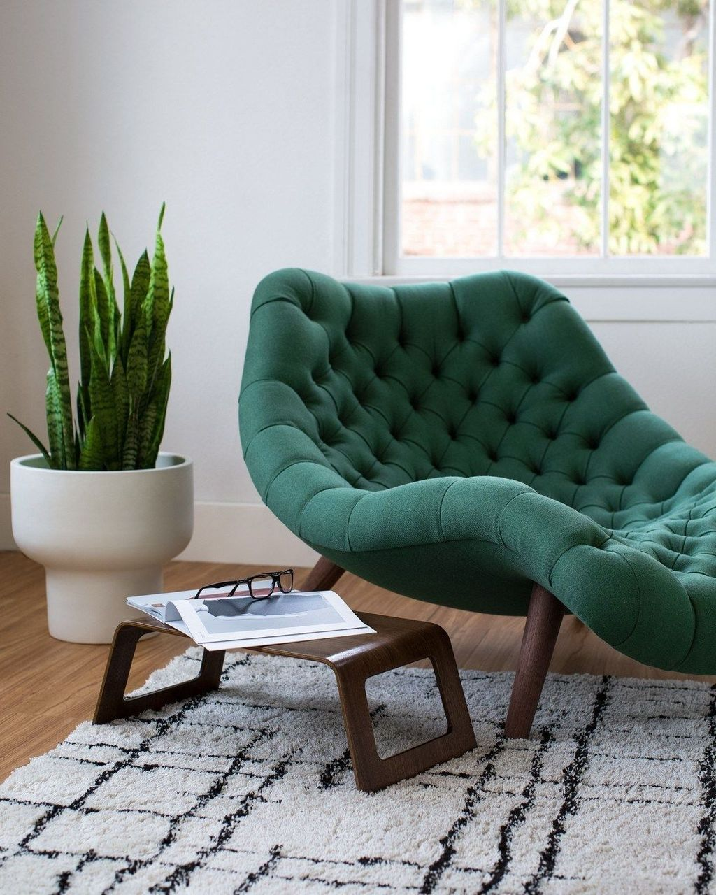Gorgeous Modern Lounge Chair Design Ideas 24