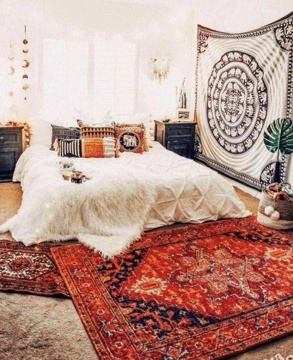 Lovely Boho Chic Bedroom Decor Idea 08