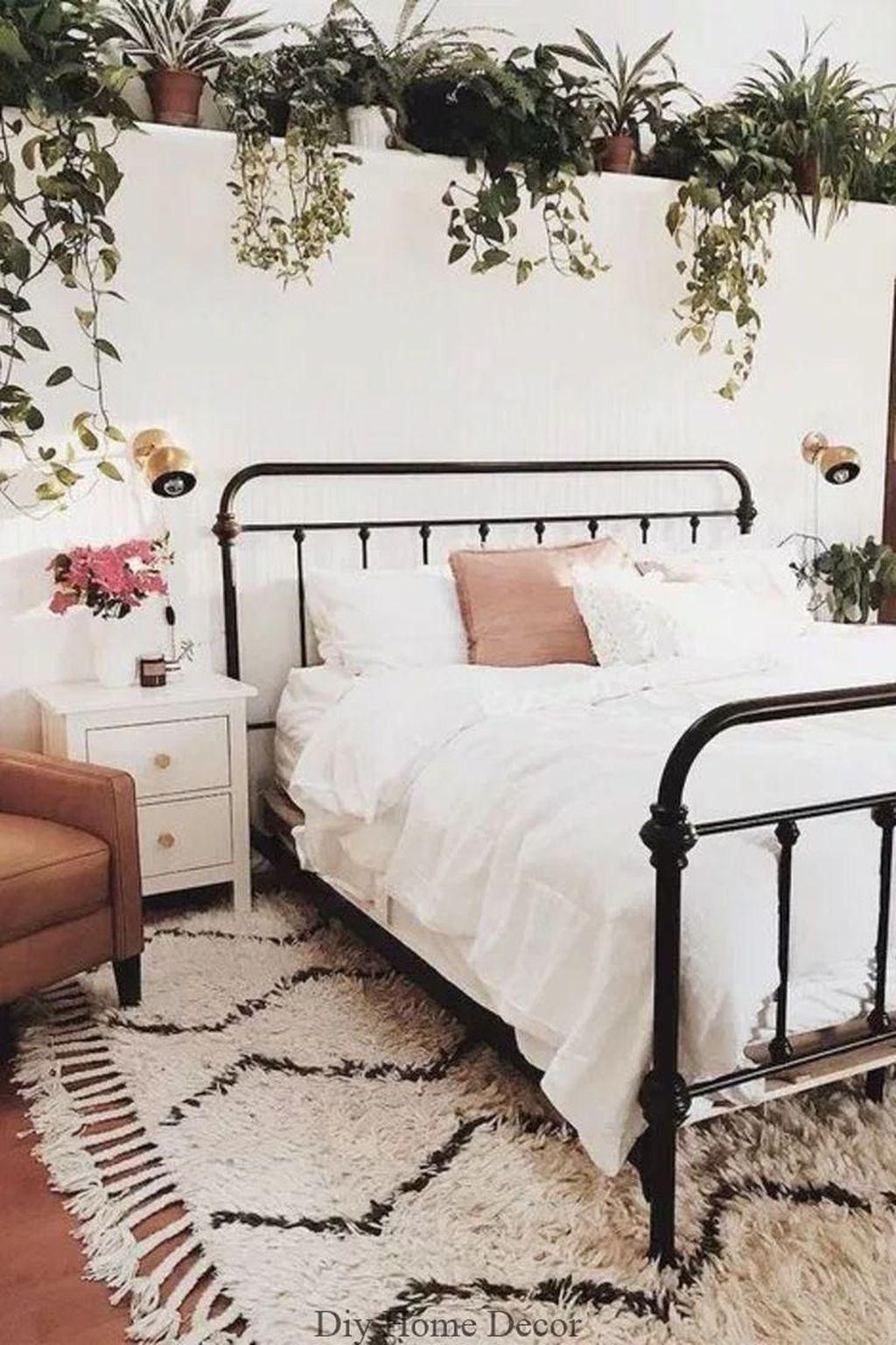 Lovely Boho Chic Bedroom Decor Idea 14