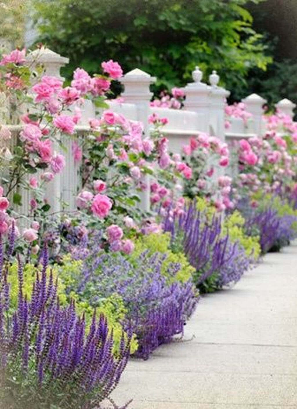 Lovely Flower Garden Design Ideas To Beautify Your Outdoor 07