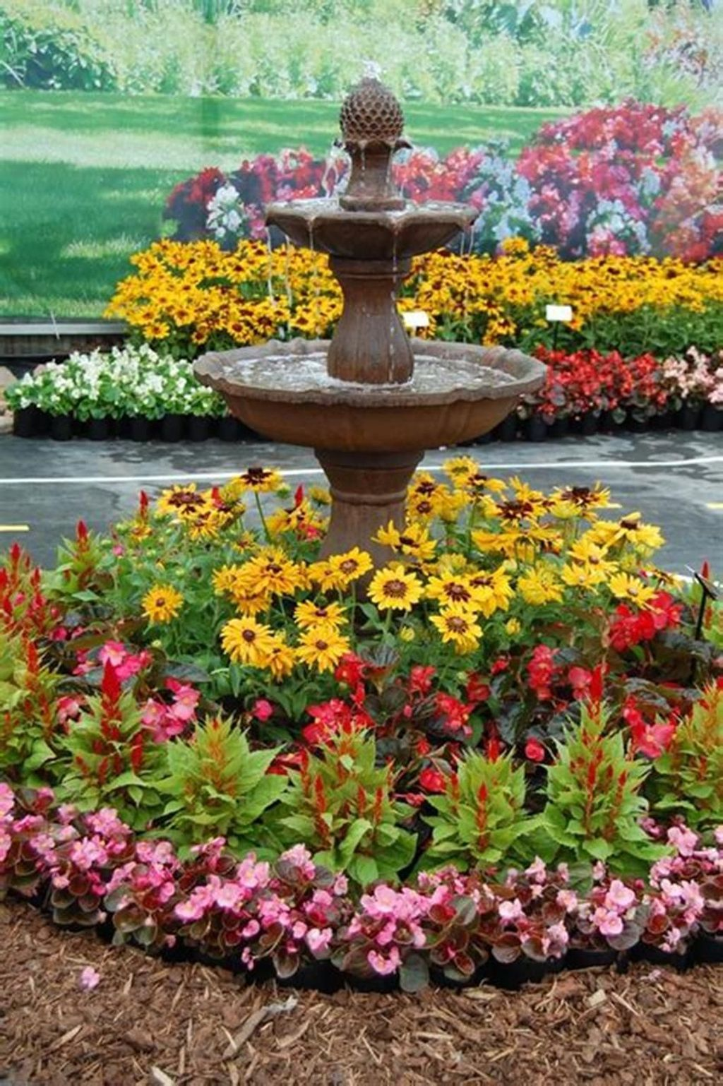 Lovely Flower Garden Design Ideas To Beautify Your Outdoor 14