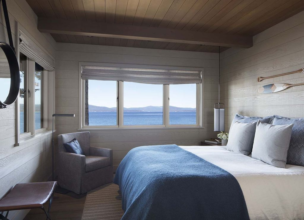 The Best Lake House Bedroom Design And Decor Ideas 14