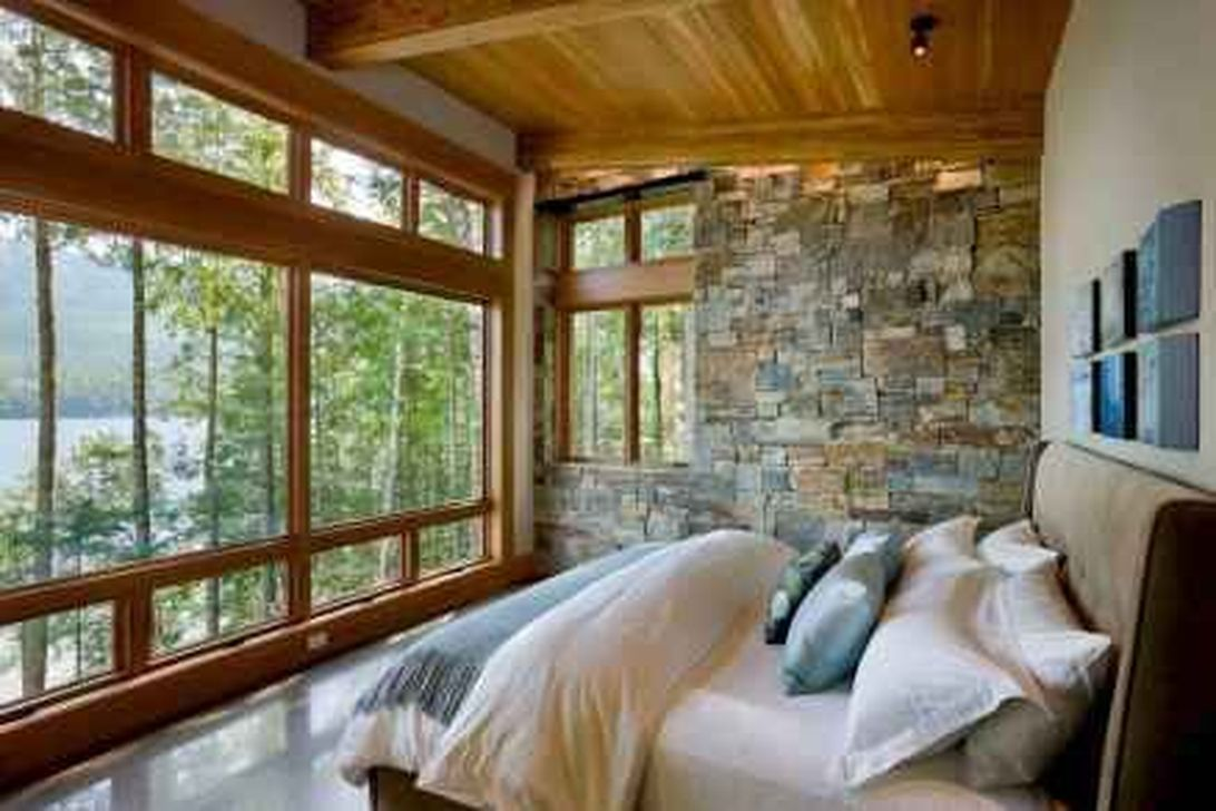 The Best Lake House Bedroom Design And Decor Ideas 19