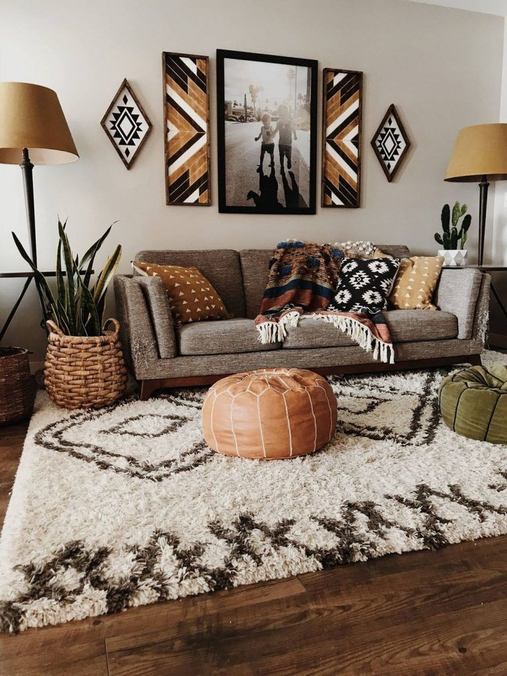 The Best Rustic Bohemian Living Room Decor Ideas 19