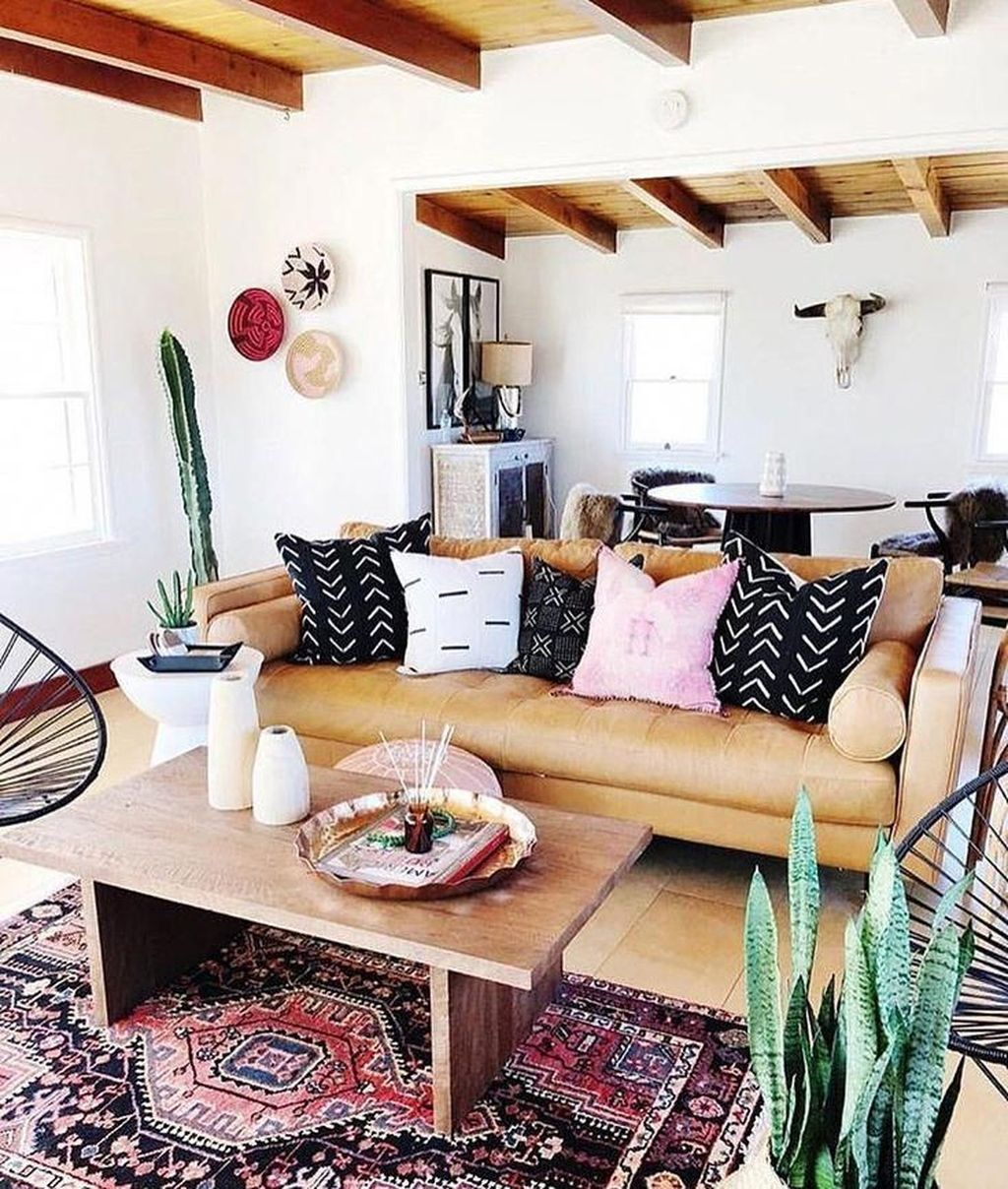 The Best Rustic Bohemian Living Room Decor Ideas 27