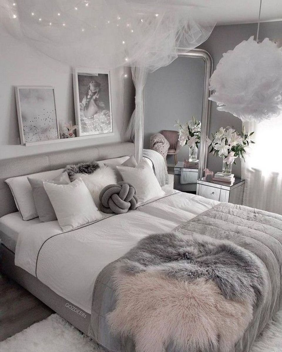 The Best White Master Bedroom Design And Decoration Ideas 13