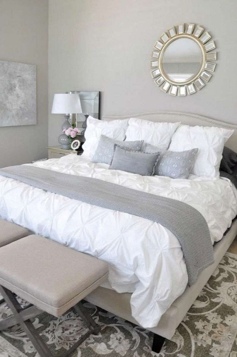 The Best White Master Bedroom Design And Decoration Ideas 15