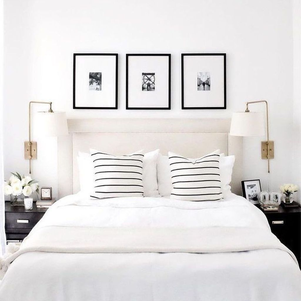 The Best White Master Bedroom Design And Decoration Ideas 32
