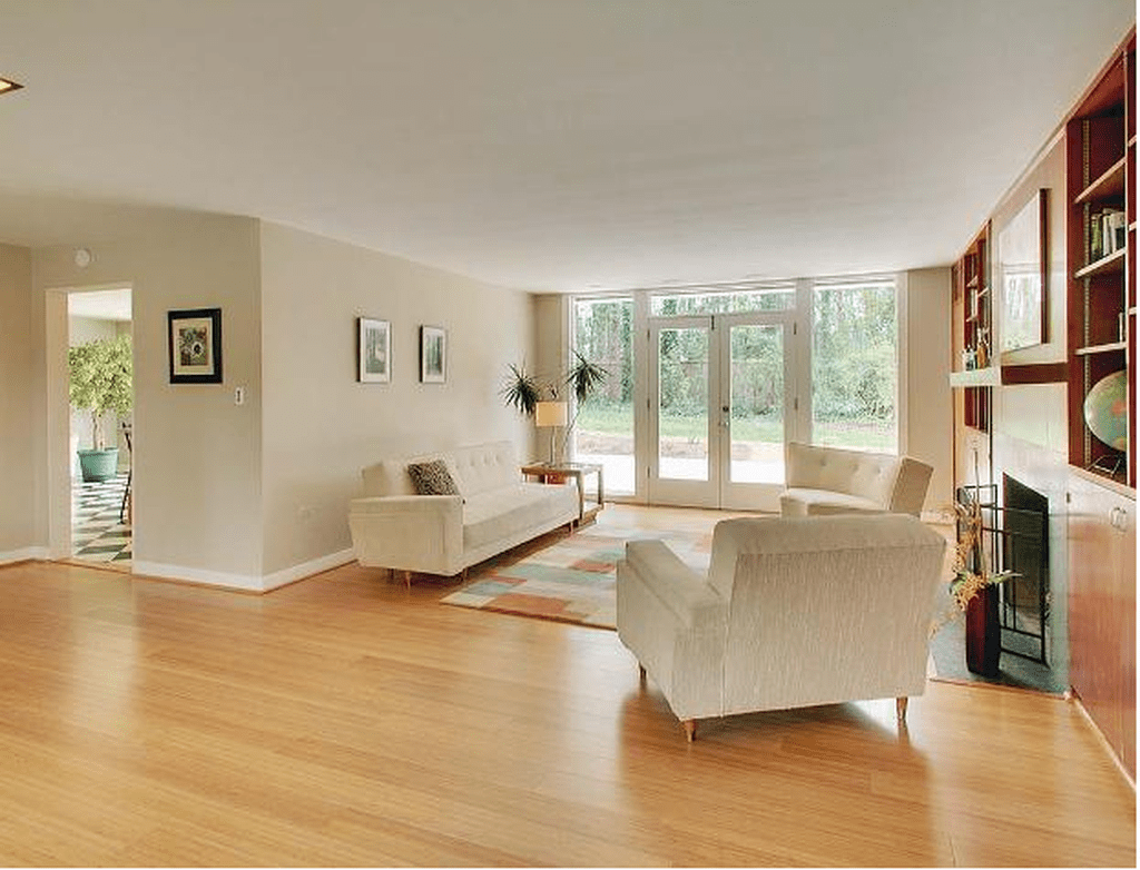 Amazing Bamboo Flooring Ideas For Living Room 02