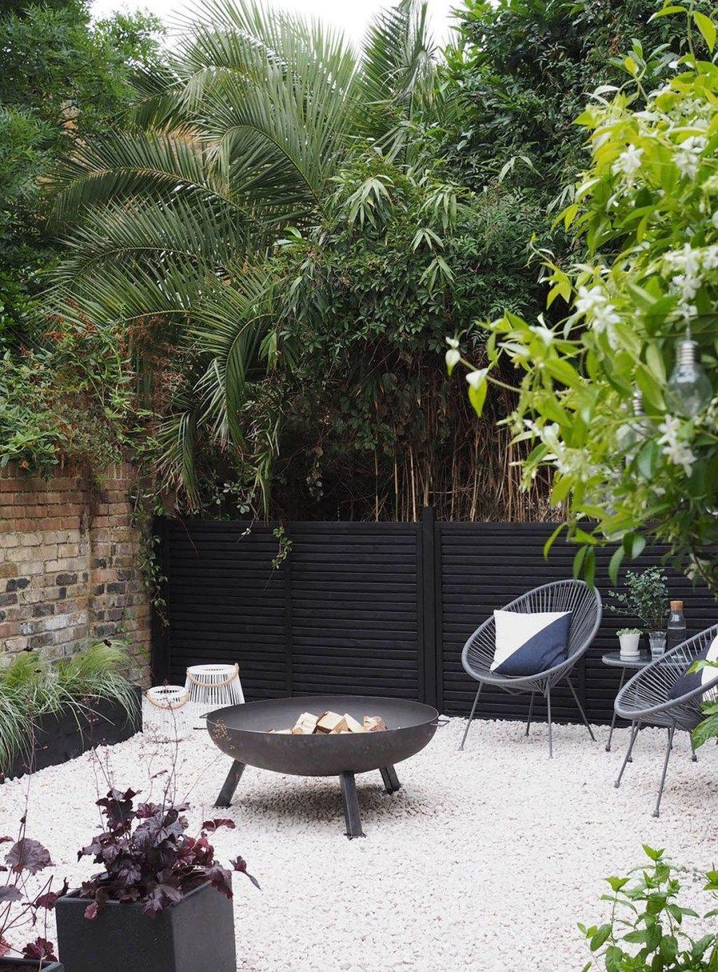 Beautiful Garden Design Ideas On A Budget 04