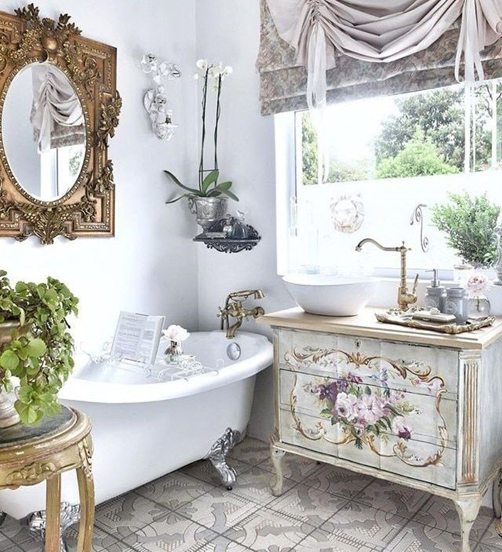 Gorgeous French Country Decorating Ideas 02