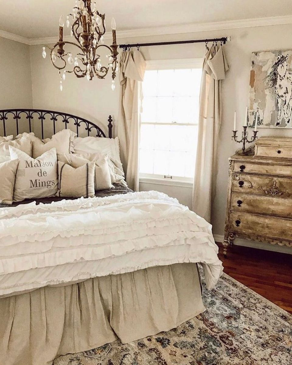 Gorgeous French Country Decorating Ideas 27