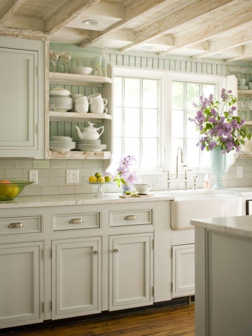 Gorgeous French Country Decorating Ideas 30