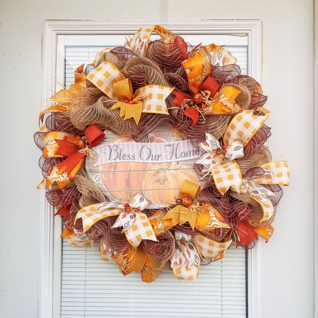 Inspiring Thanksgiving Front Door Decor Ideas 14