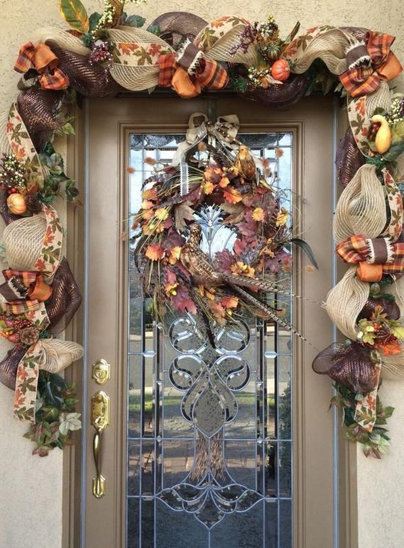 Inspiring Thanksgiving Front Door Decor Ideas 18