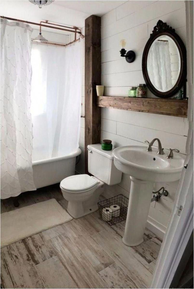 Lovely Relaxing Farmhouse Bathroom Decor Ideas 06