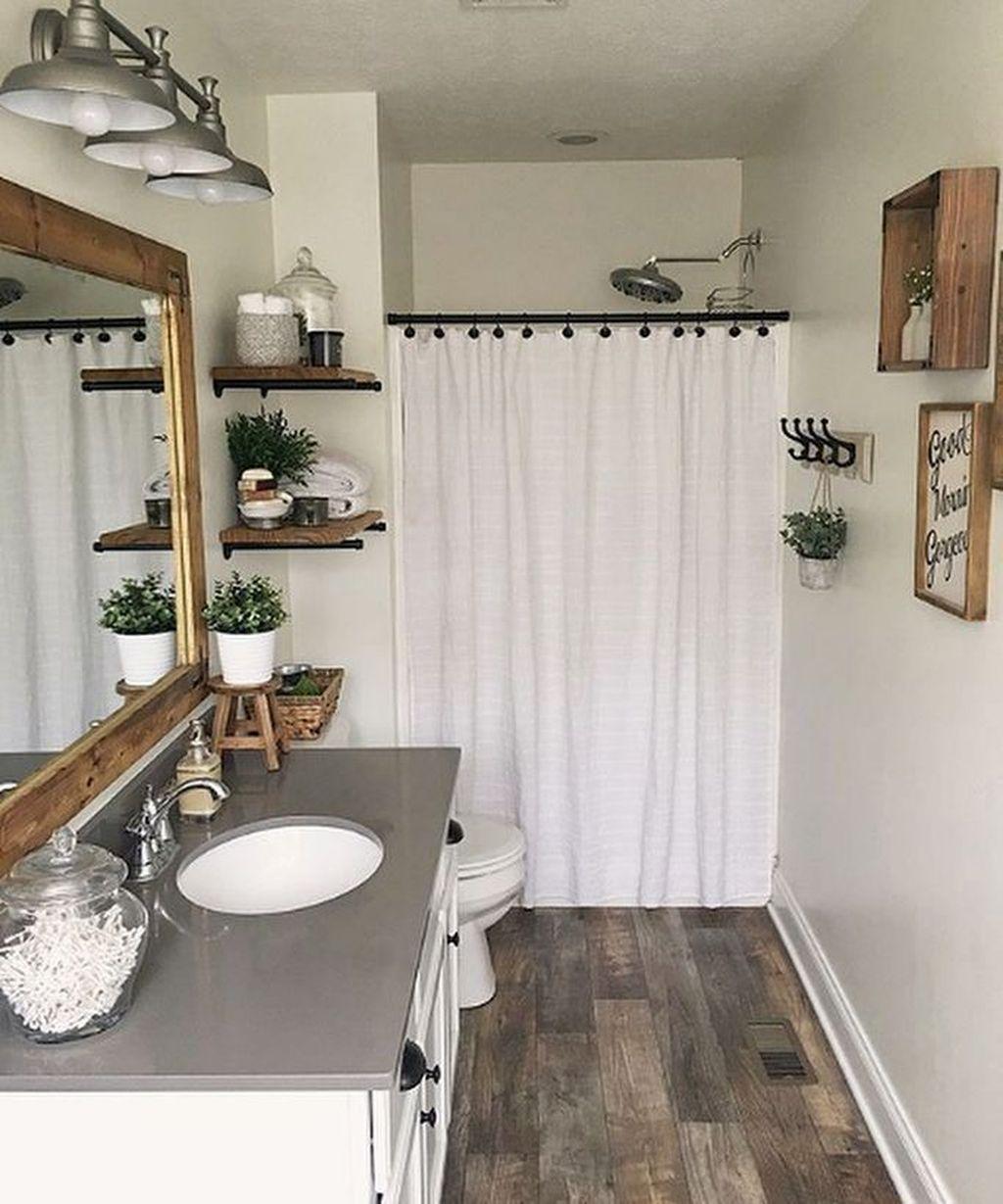 Lovely Relaxing Farmhouse Bathroom Decor Ideas 07