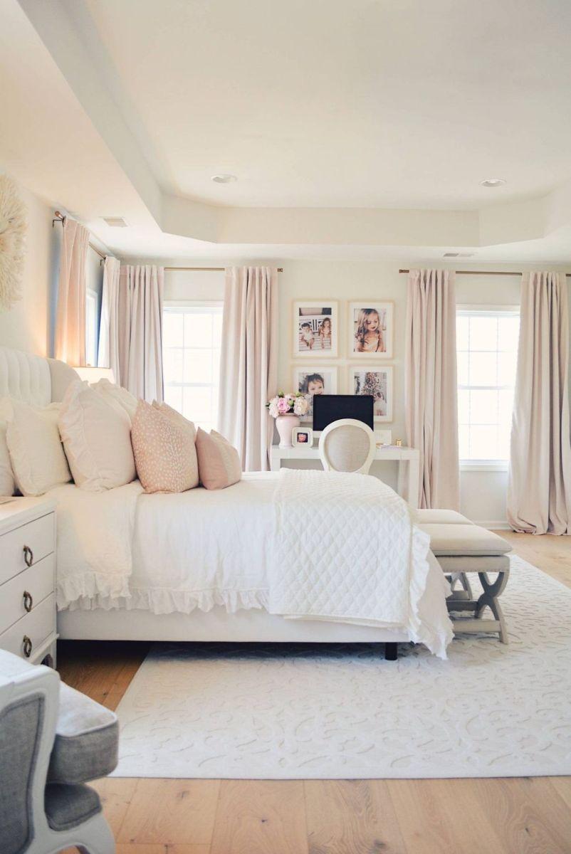 Popular White Master Bedroom Furniture Ideas 06
