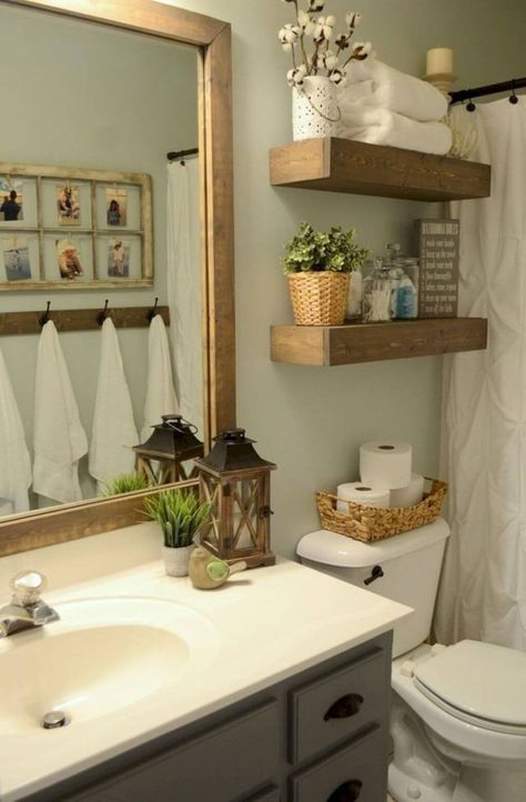 Stunning Bathroom Storage Design Ideas 30