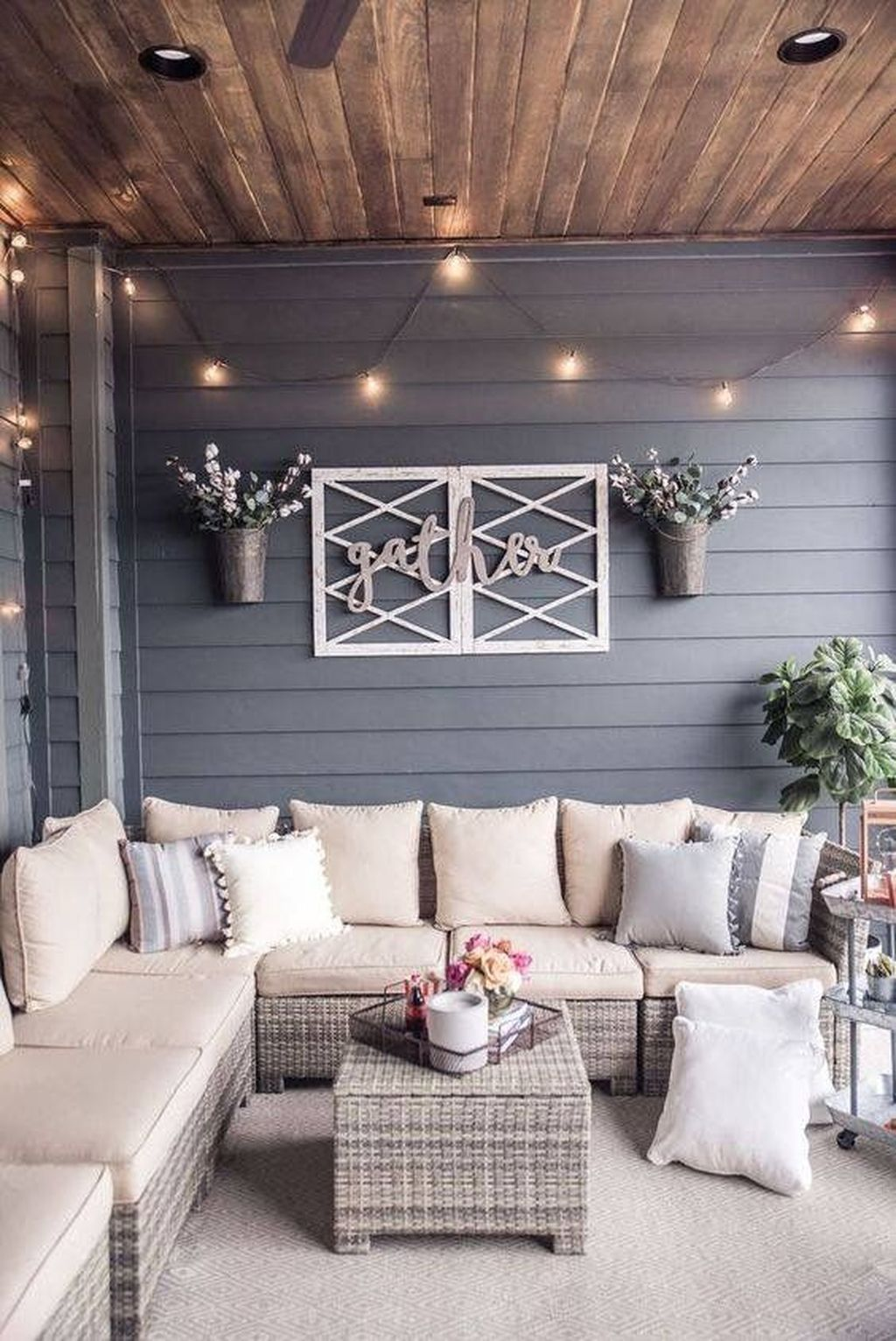 Stunning Rustic Patio Decorating Ideas 09