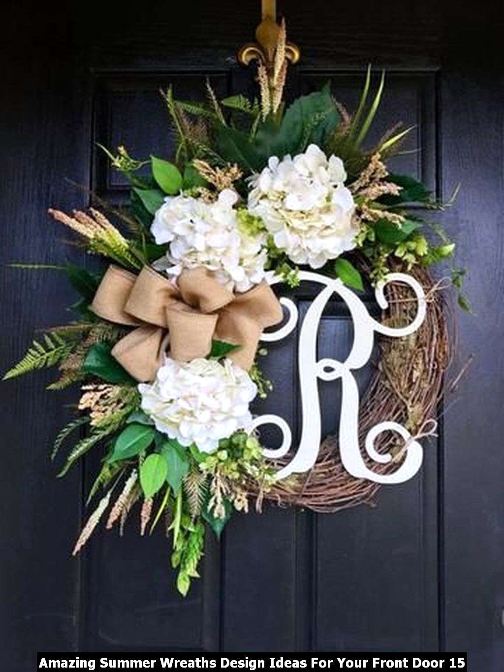 Amazing Summer Wreaths Design Ideas For Your Front Door 15