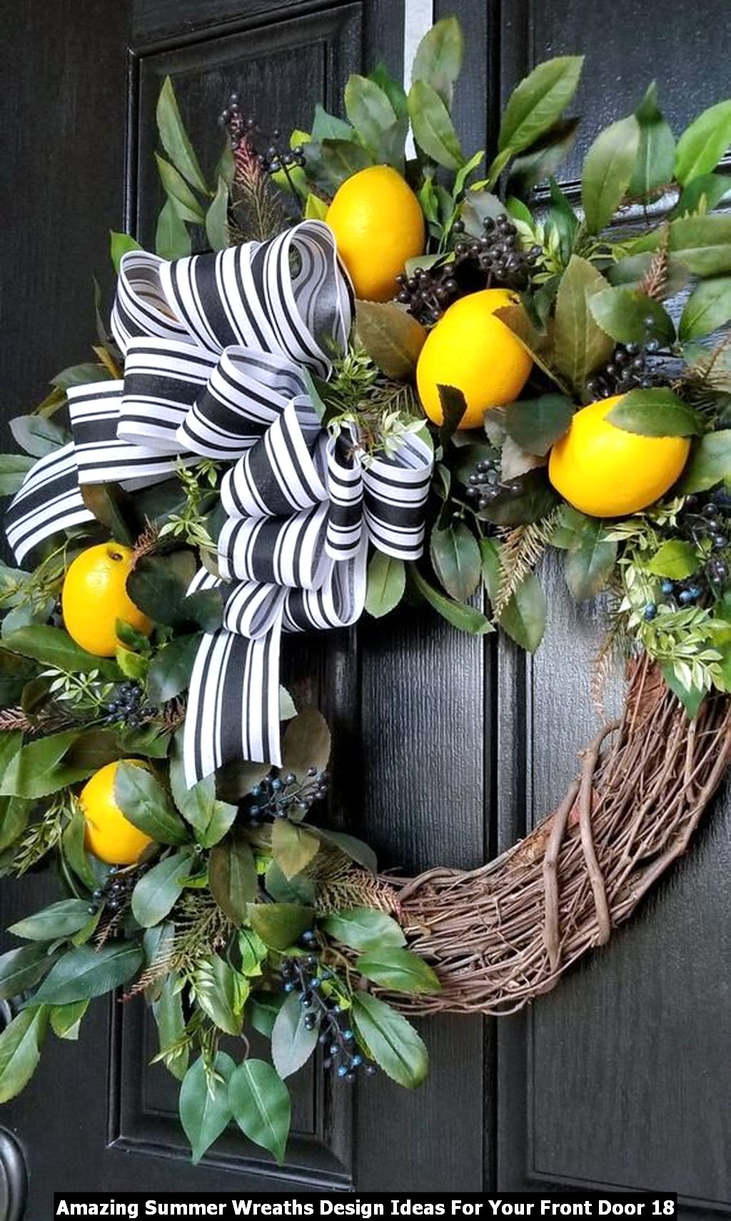 Amazing Summer Wreaths Design Ideas For Your Front Door 18