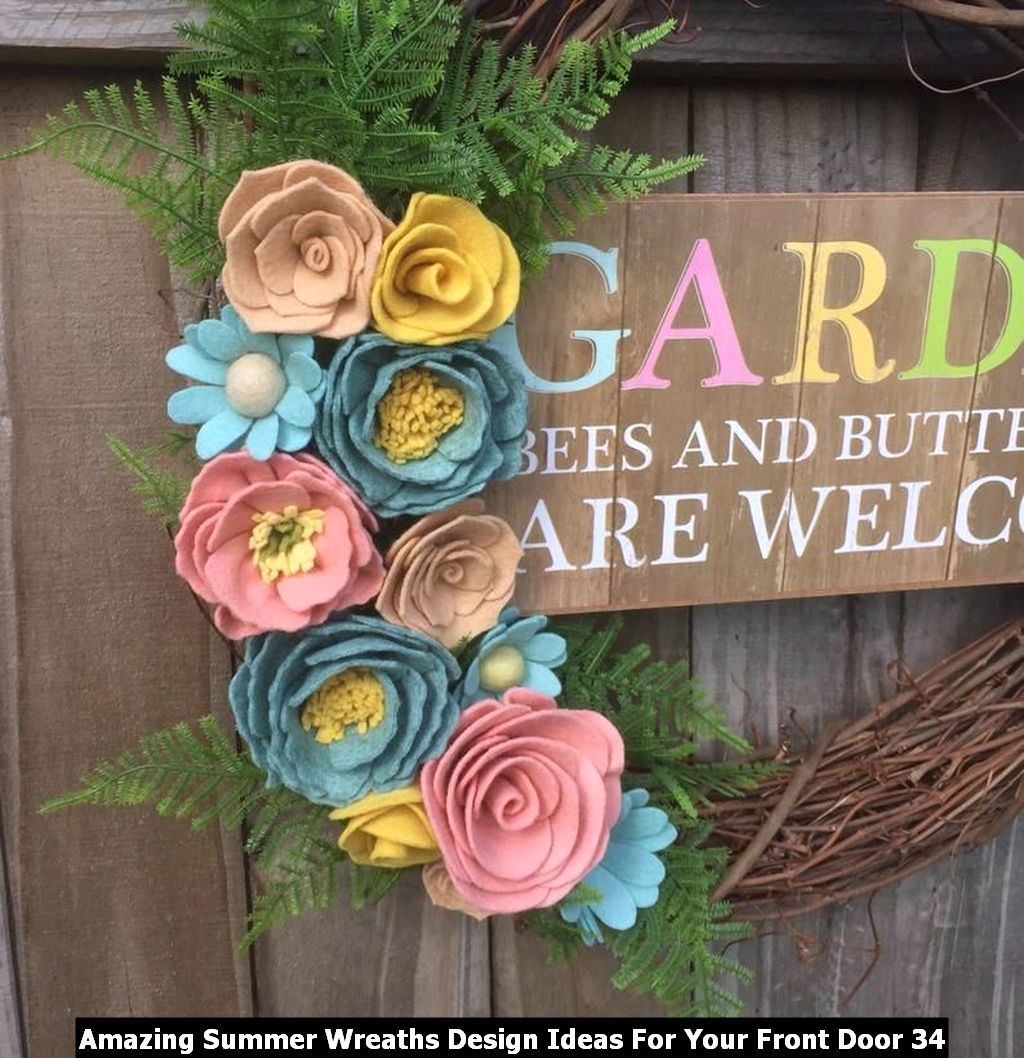 Amazing Summer Wreaths Design Ideas For Your Front Door 34