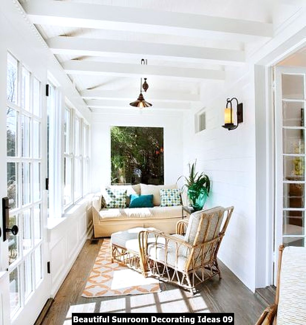 Beautiful Sunroom Decorating Ideas 09