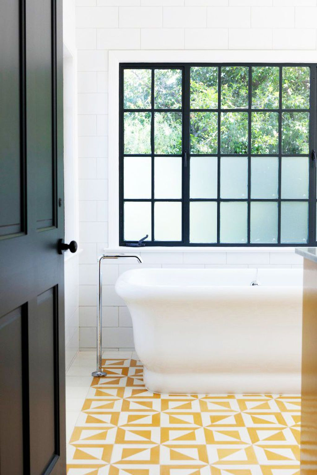 Creative Sunny Yellow Bathroom Decor For Summer 32