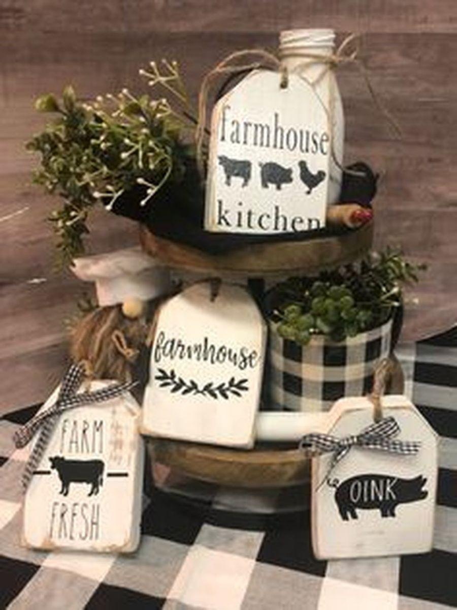 Fabulous Summer Farmhouse Decor Ideas You Will Love 08