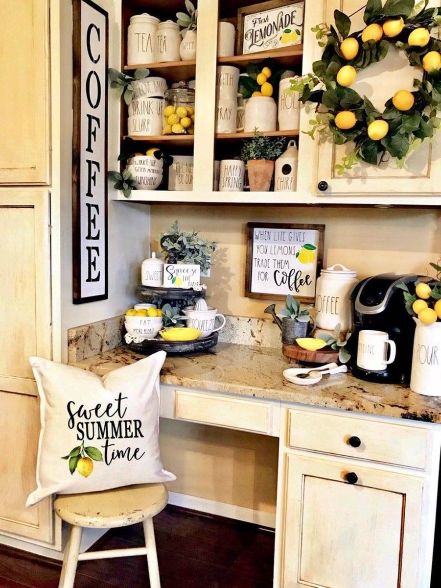 Fabulous Summer Farmhouse Decor Ideas You Will Love 26