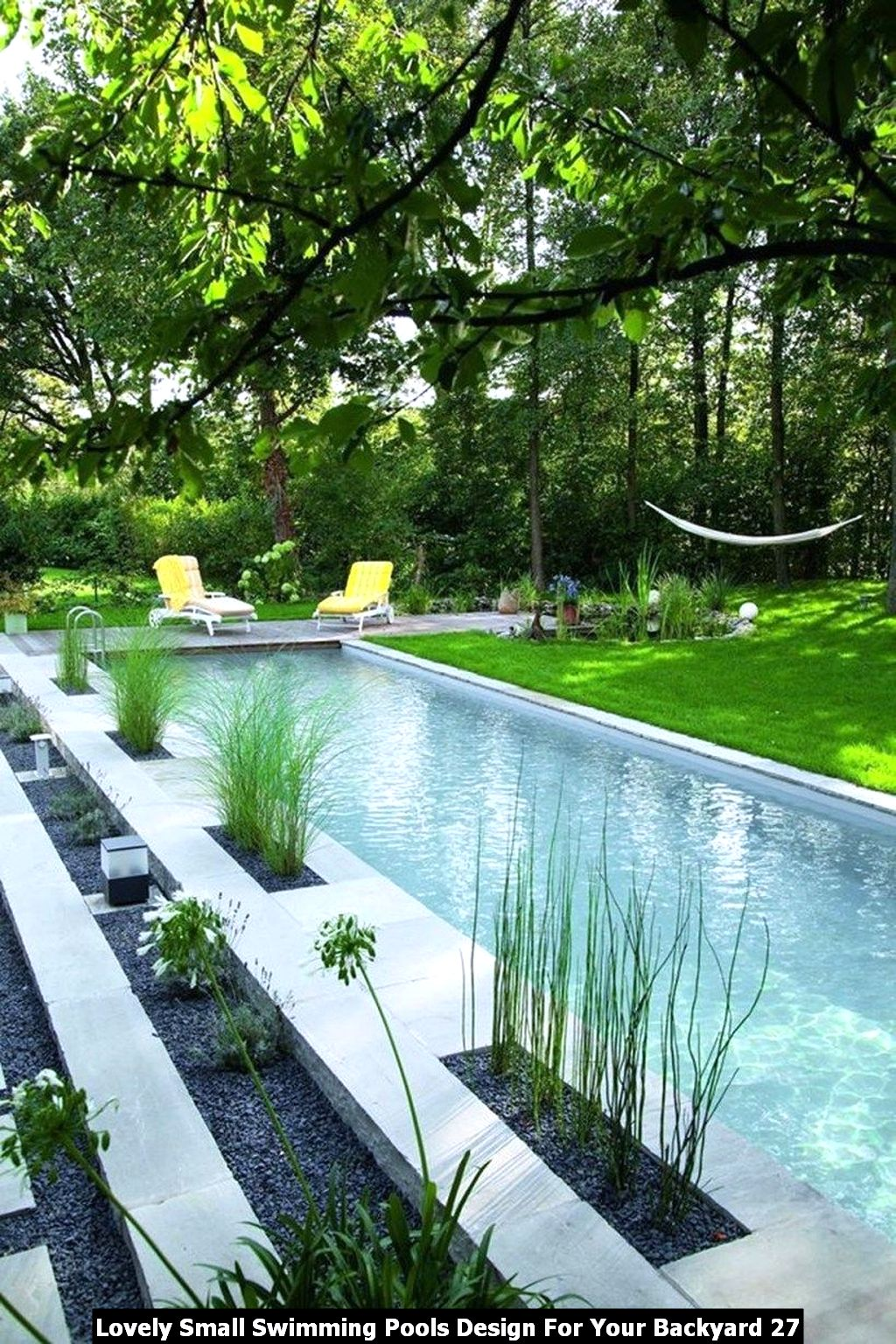 Lovely Small Swimming Pools Design For Your Backyard 27