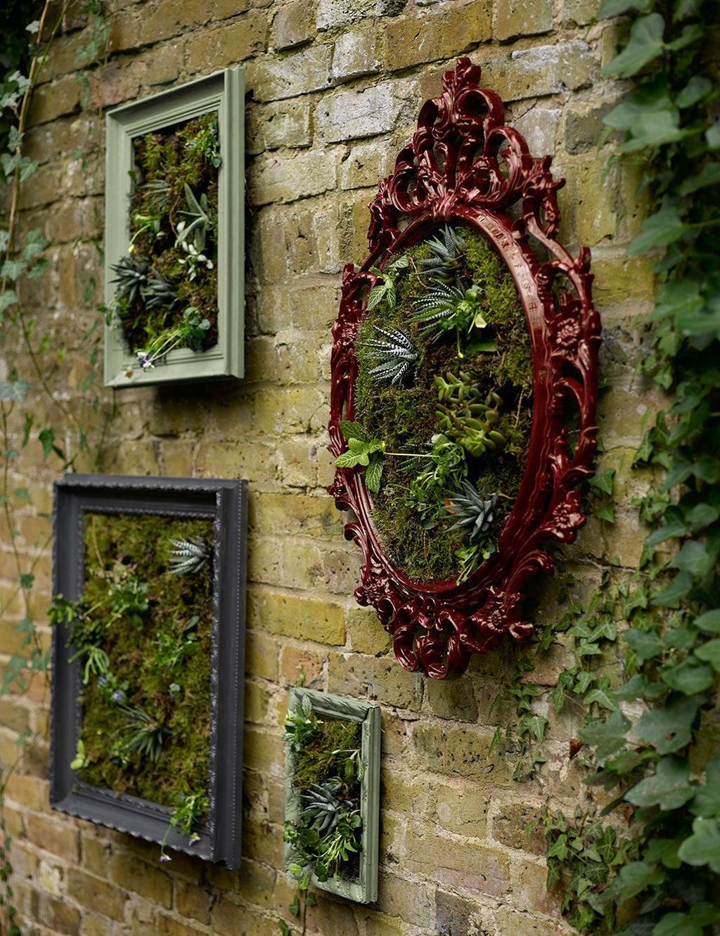Nice Vertical Garden Wall Decor Ideas Look Beautiful 07