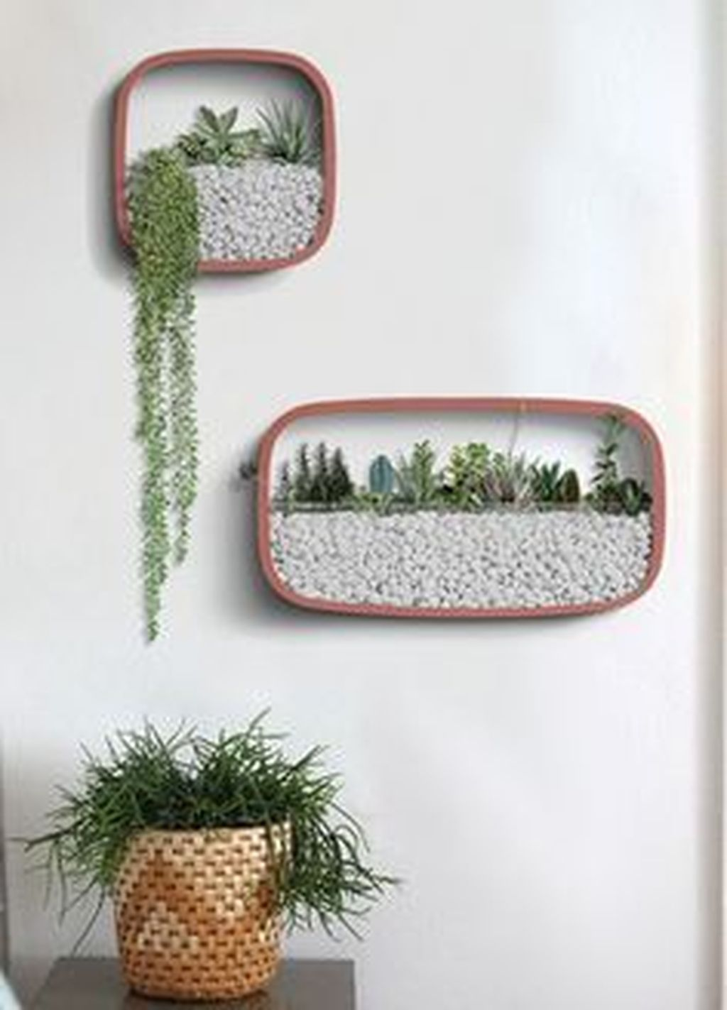 Nice Vertical Garden Wall Decor Ideas Look Beautiful 12