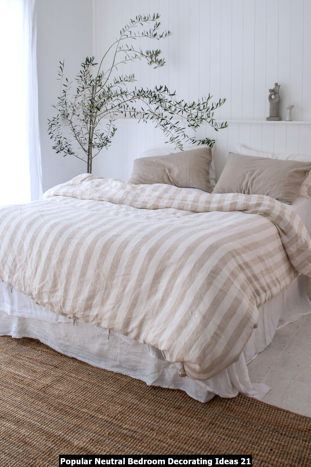 Popular Neutral Bedroom Decorating Ideas 21
